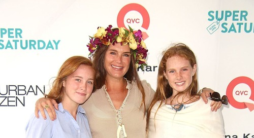 Brooke Shields Says She's Not 'Pushing' Her Daughters Into Modeling