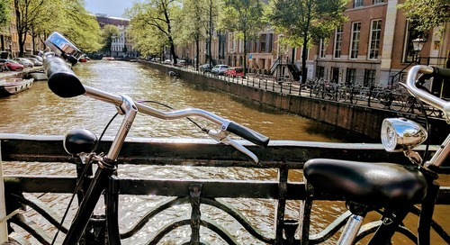 How to take a self-guided walking tour in Amsterdam